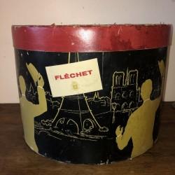 Ancienne boîte à chapeau | Fléchet | Décor homme jaune