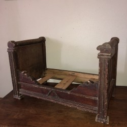 Old roll bed for dolls | Doll's furniture | Doll house