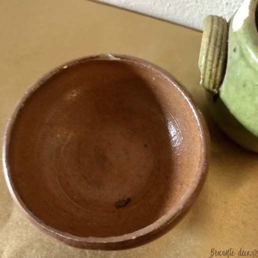 Old small sandstone dinette | Collection | Old toy