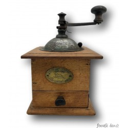 Ancien petit moulin à café ou à poivre | Peugeot Frères Valentigney Doubs