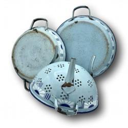 Ancien ensemble de cuisine en tôle émaillée   Bleu clair   Déco de cuisine