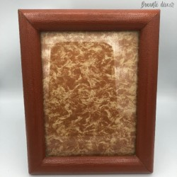 Old photo frame to pose imitation reptile skin