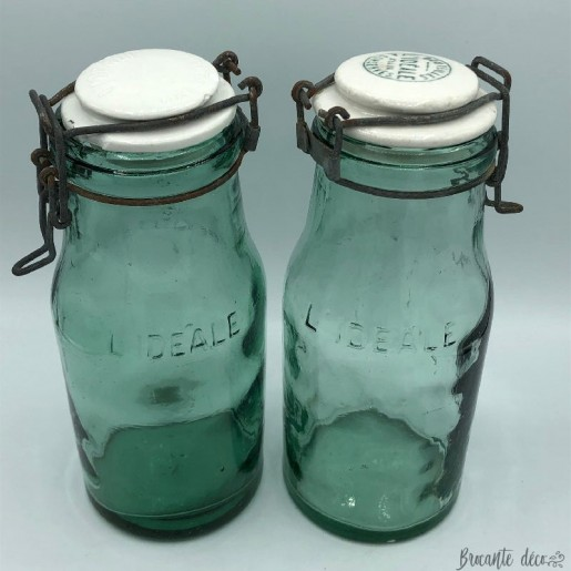 "Set of 2 old glass bottles ""L'IDEALE"" 1 Liter"