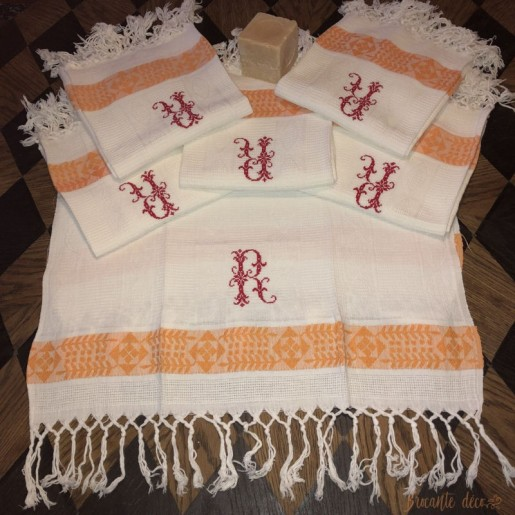 6 antique honeycomb towels - towels R