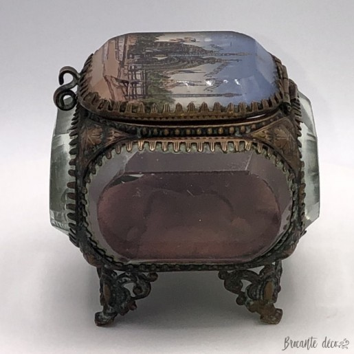 Old faceted beveled glass jewelry box | Memory| Porte monumentale