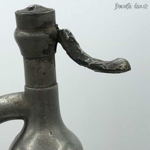 Old cage siphon | Seltz water | Deco | bistro | Bar