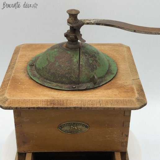 Old coffee grinder   Peugeot Brothers   Kitchen decor