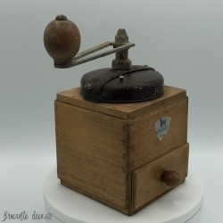 Old coffee grinder | Wooden | Peugeot Brothers