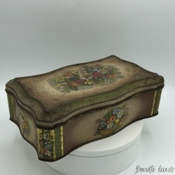 Old embossed tin box   Vintage   Made in Holland container