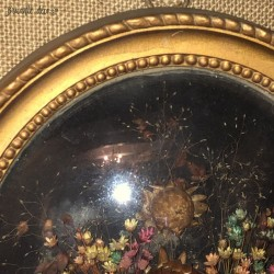 Old large oval frame of dried flowers   Curved glass   Kitsch