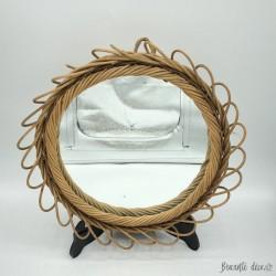 Old wicker mirror | Vintage | Sun | Round