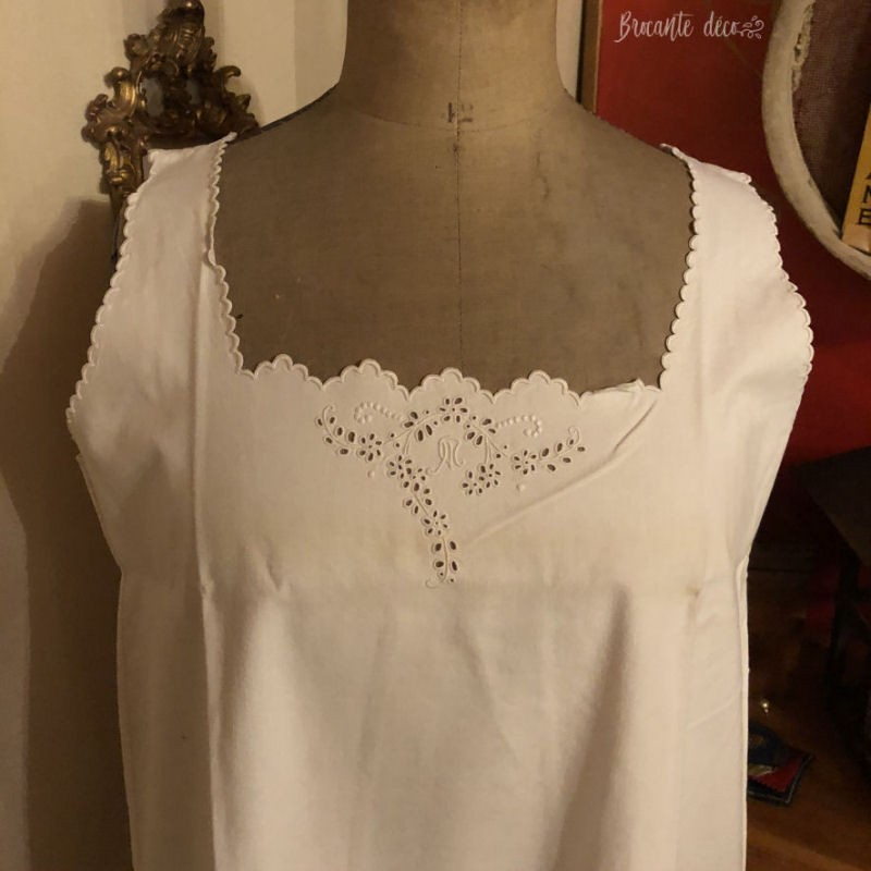 Old cotton nightgown | embroidered & openwork | Large | White