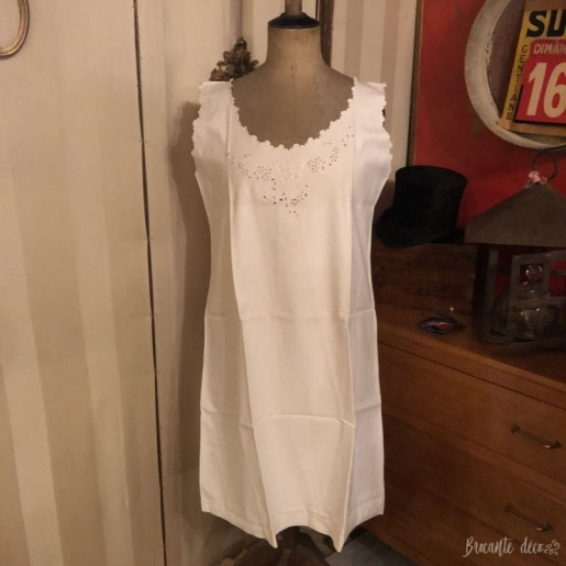 Old cotton nightgown | embroidered | Large | White