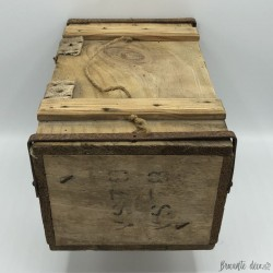 Ancienne caisse de munitions militaire | En bois