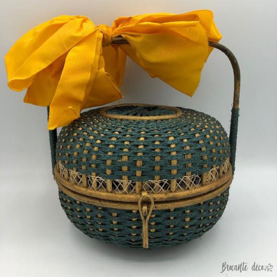 Ancien panier rond | boite à chocolats, à couture ou sac à main