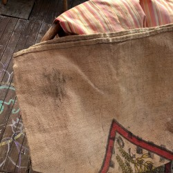 Old burlap bag | Holy brothers | Deco and DIY