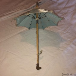 Old umbrella for Jumeau doll   Dog head pommel  Collection of antique dolls