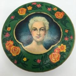 Ancienne boîte de poudre de Bourjois Paris France   Manon Lescaut   Boîte de collection