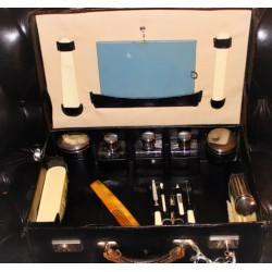Ancienne valise nécessaire de toilette | Monogramme M . S | Nécessaire de voyage