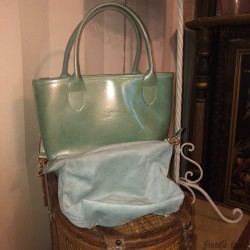 Longchamp handbag in blue green glossy leather with its removable pouch