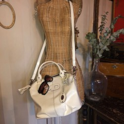 Mac Douglas handbag in patent leather with its original dustbag