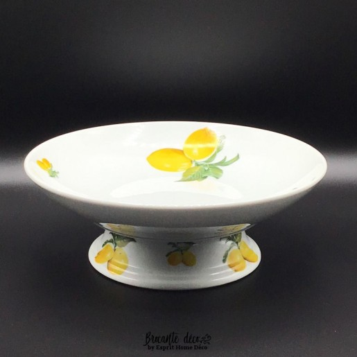 Porcelain fruit bowl with lemons
