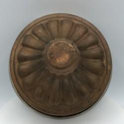 Ancien petit moule à gateau ou à entremet en cuivre