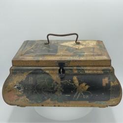 Ancienne boîte ou coffret en tôle lithographiée décor Japonisant