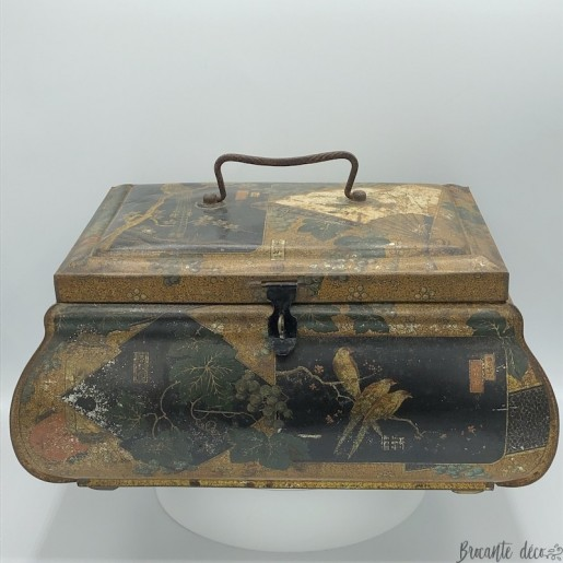 Old box in lithographed sheet metal with Japanese decor