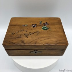 Wooden box or case | Old | Memories | Violet decor