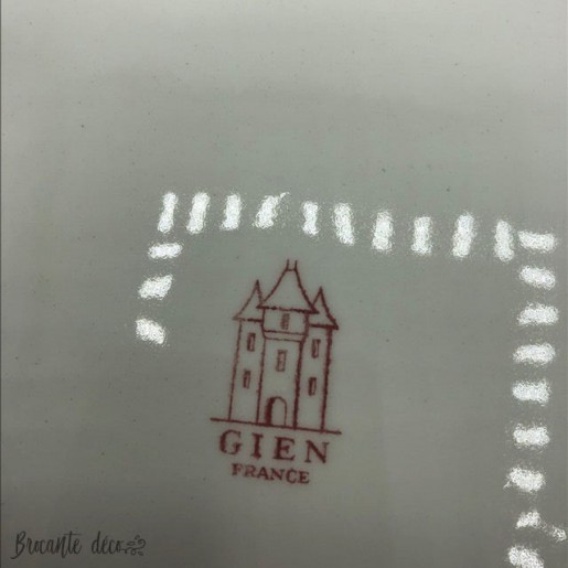 Plat Gien France modèle Delft