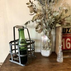 Ancien panier à bouteilles   Pour 4 bouteilles   En fer
