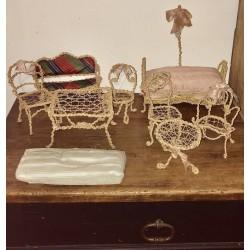 Anciens meuble de poupée | En fil de fer et corde | Pour maison de poupée