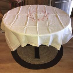 Ancienne nappe blanche | Broderie rose | Linge de table ancien
