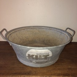 Old zinc basin | Galvanized | Round zinc basin