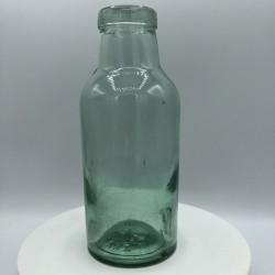 Ancienne petite de bouteille  En verre vert  Farmhouse