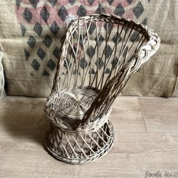 Old Emmanuelle style small armchair | Wicker | Vintage | For plant or doll